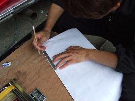 第4形態を元に次の反射板を作るための型紙製作