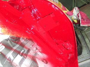 フロントフェンダーの裏、色が入る。