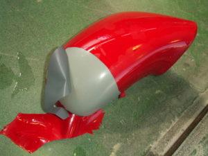 たまごの殻を剥くように、上塗りがつるりと剥ける