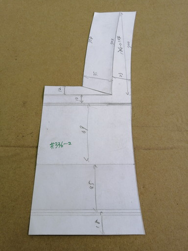 サイドシル側の型紙
